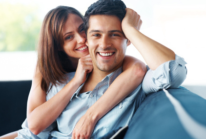 smiling_couple_showing_new_dentures